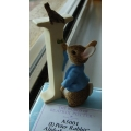 BEATRIX POTTER PETER RABBIT 'I' FIGURINE A5001 MINT IN BOX