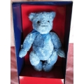 """GUND   """"COLLECTORS BEAR  2002 LIMITED EDITION""""   GUNDY   SIZE: APPROX 23cm"""